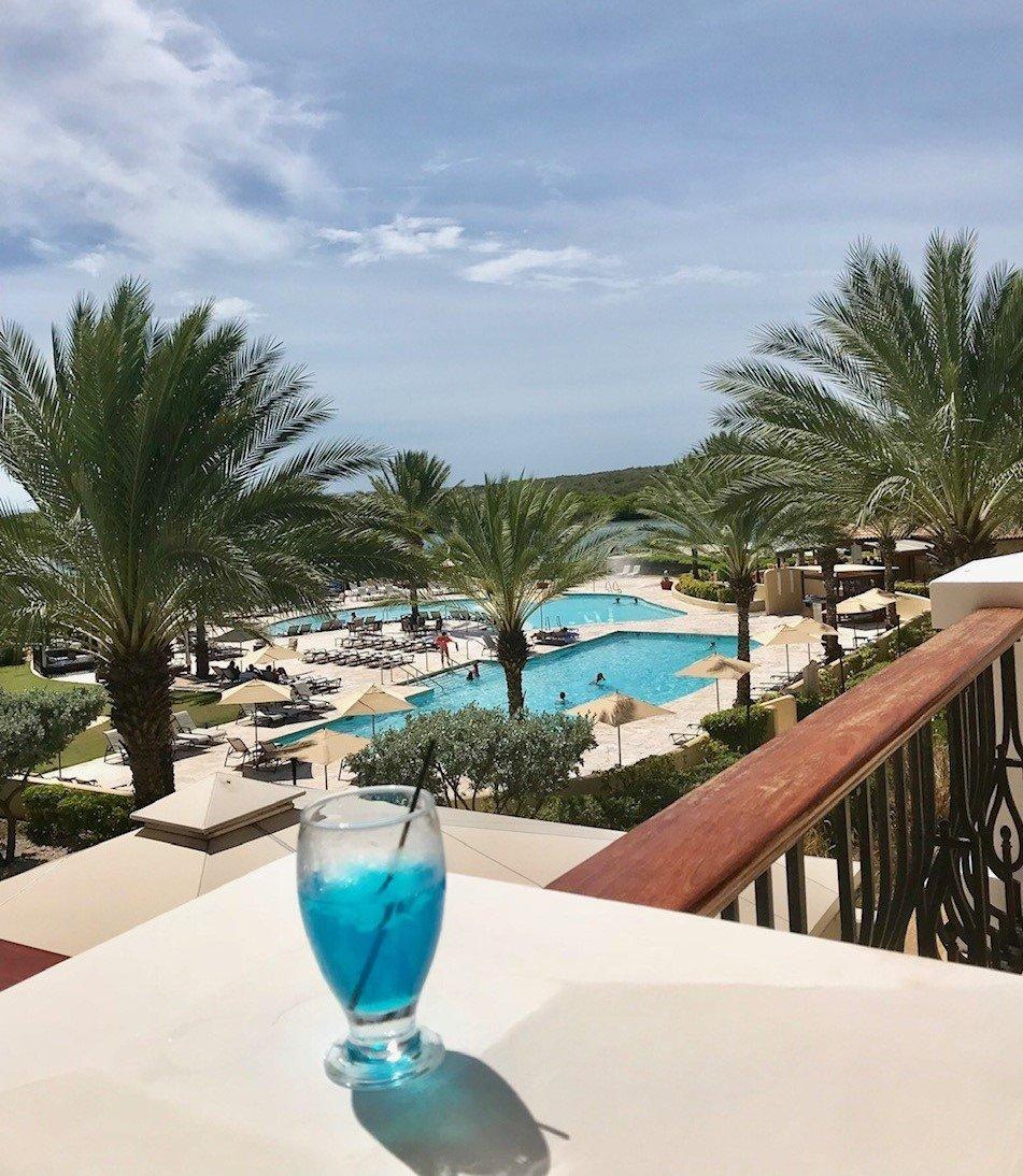 Blue curazao en el hotel Sandals de Curazao