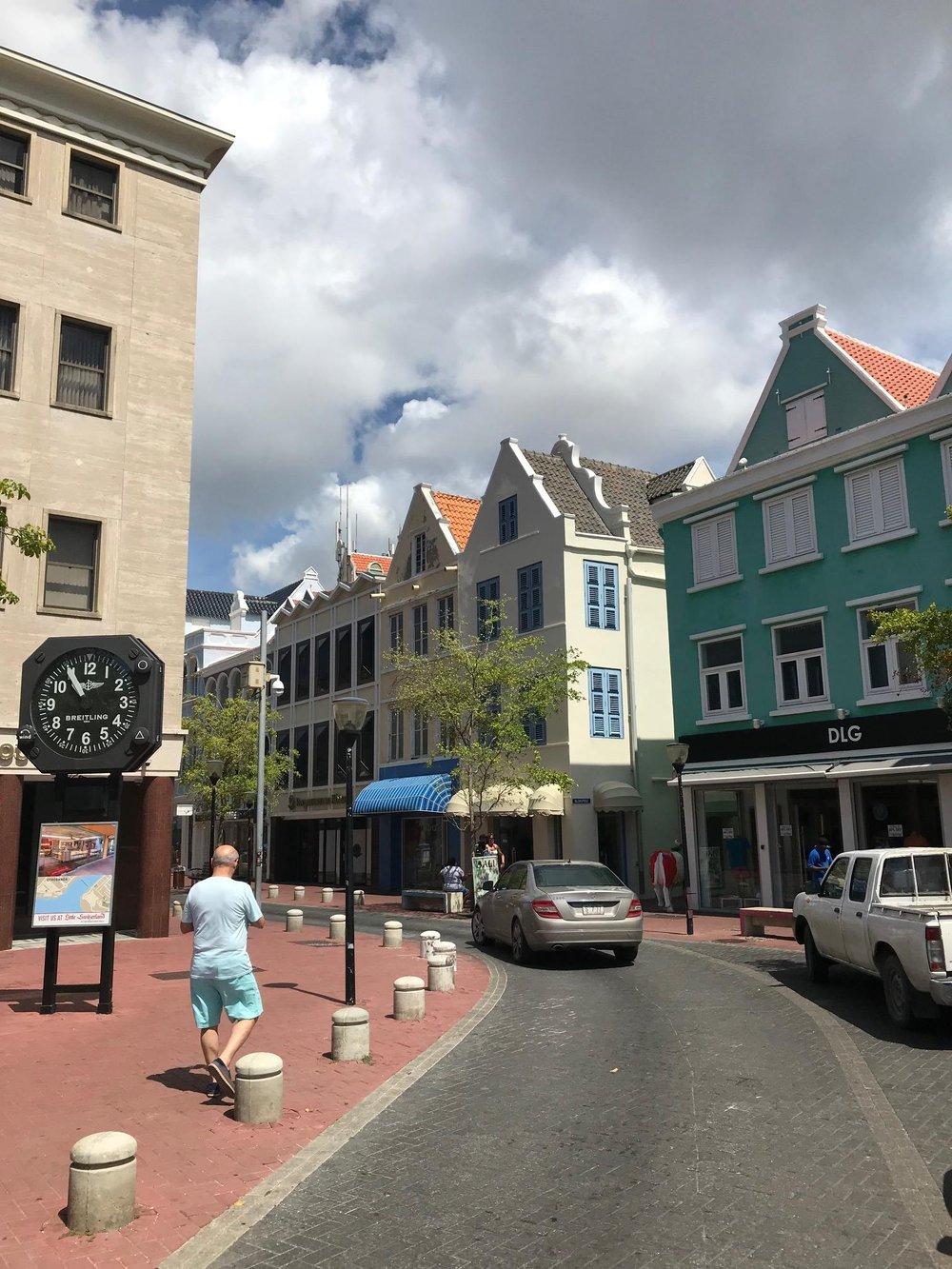 Calles del centro de Willemstad, capital de Curazao
