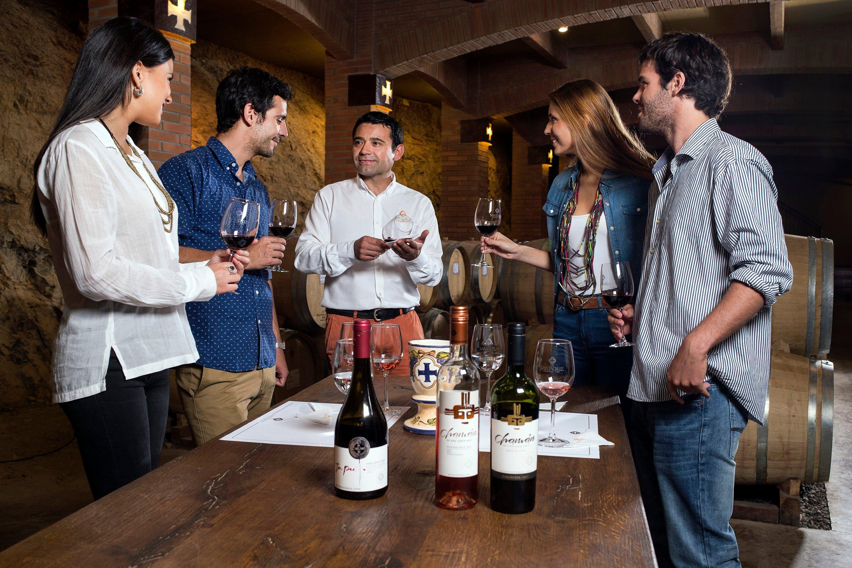 Degustación en Viña Santa Cruz en Colchagua