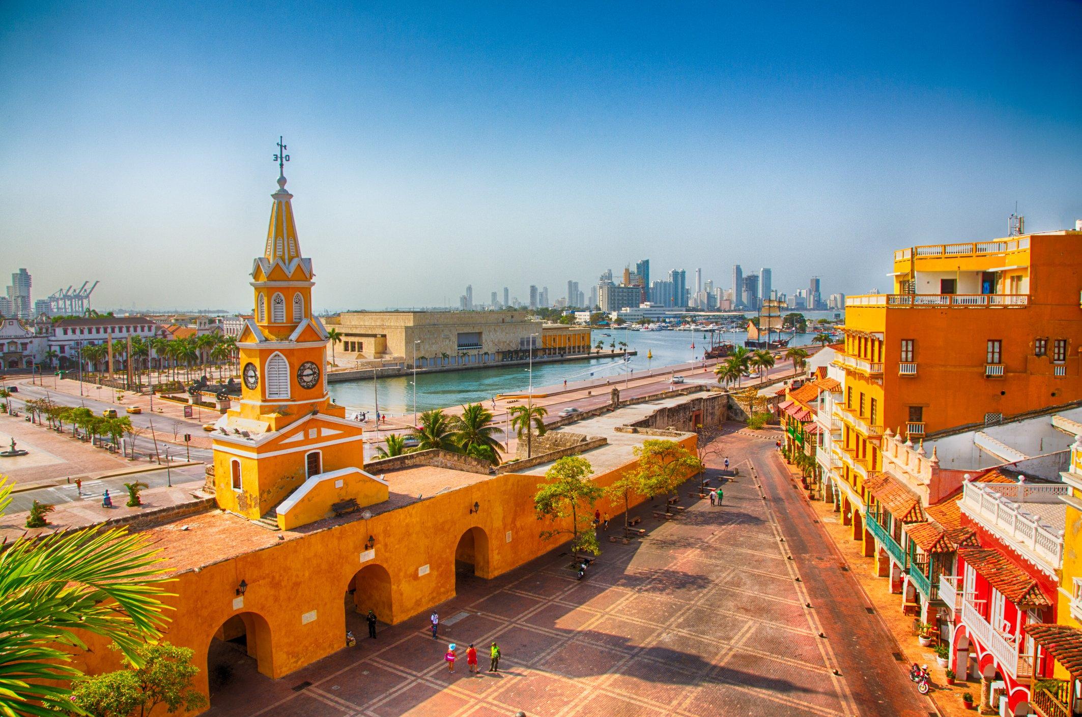 Vista aérea de la Torre del Reloj en Cartagena de Indias, Colombia