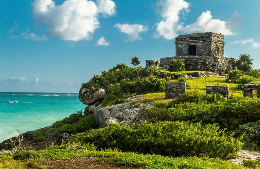 Ruinas arqueológicas de Tulum en Riviera Maya, México