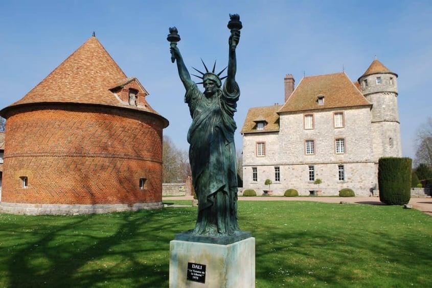 Normandía-Chateau-de-Vascoeuil-Magdalena-Ureta-1024x685-1