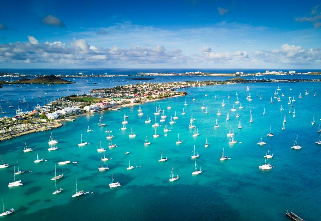 Barcos en la marina de Marigot