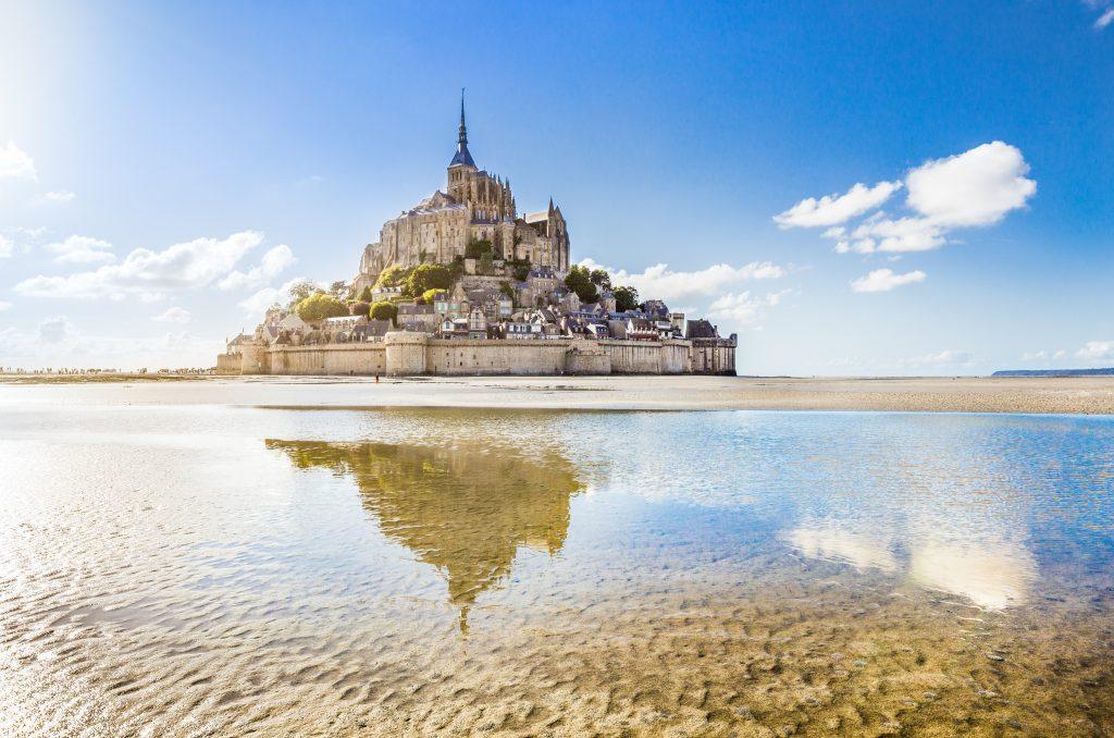 Mount Saint–Michel en Normandía, Francia