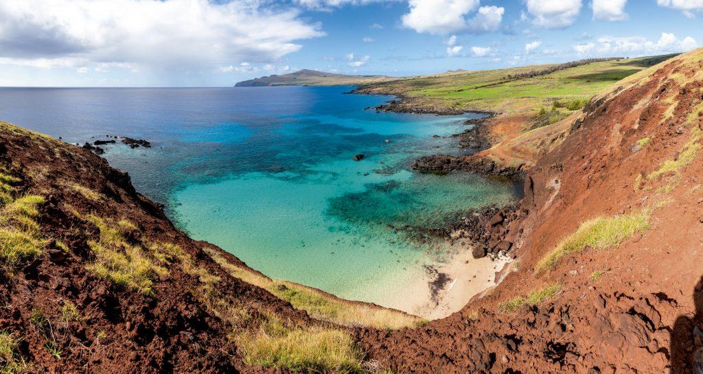 Playa Ovahe en Isla de Pascua